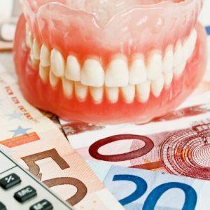 ahorrar dinero en el dentista
