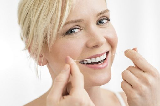 beneficios del hilo dental