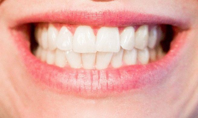 bruxismo majadahonda, apretar los dientes majadahonda, rechinar los dientes majadahonda, odontólogo majadahonda, dentista majadahonda, odontología majadahonda, revisión dental majadahonda, diente roto majadahonda, salud dental majadahonda