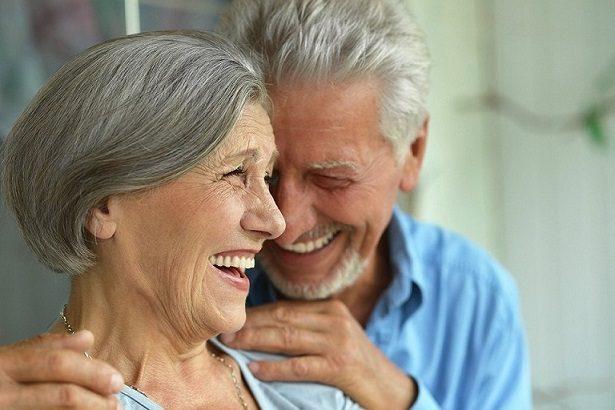 envejecimiento y salud bucal, envejecimiento en boadilla, salud dental en boadilla, dentista en boadilla, odontología boadilla,odontólogo boadilla, revisión dental boadilla, higiene oral boadilla, enfermedad periodontal boadilla, halitosis boadilla, clínica dental boadilla