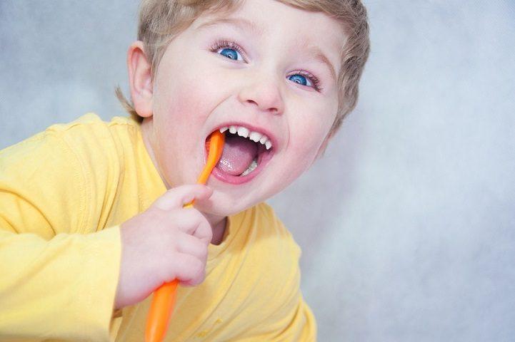 motivar a tus hijos a cepillar los dientes, higiene oral en majadahonda, dentista infantil majadahonda, odontopediatria majadahonda, clínica dental majadahonda, odontólogo majadahonda, revisión dental majadahonda, dentista para niños majadahonda, higiene bucal majadahonda