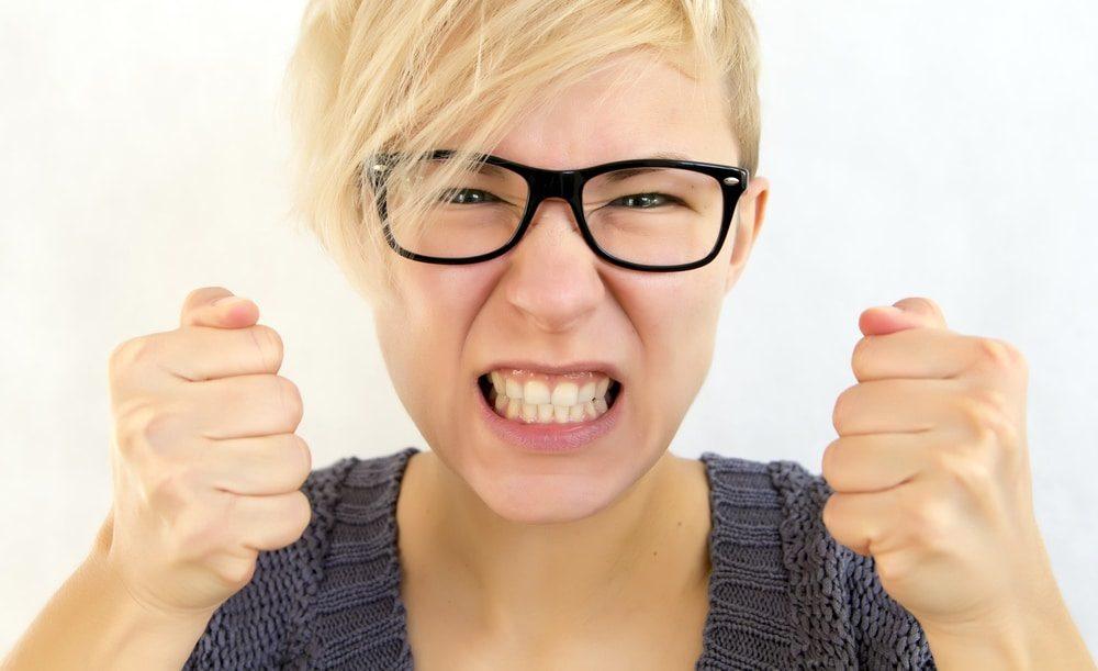 rechinar los dientes en boadilla, apretar los dientes en boadilla, bruxismo en boadilla, dentista en boadilla, clínica dental en boadilla, odontología en boadilla, revisión dental en boadilla