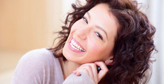 una buena sonrisa aumenta la autoestima