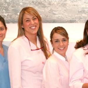 Equipo auxiliar de las clínicas dentales Arroque, Majadahonda y Boadilla.