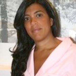 Doctora Isabel Larroque de Clínicas Dental Arroque, Majadahonda y Boadilla.