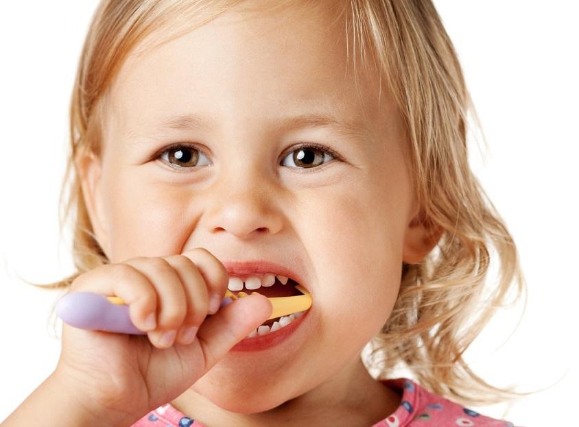problemas dentales infantiles, enfermedad dental en niños