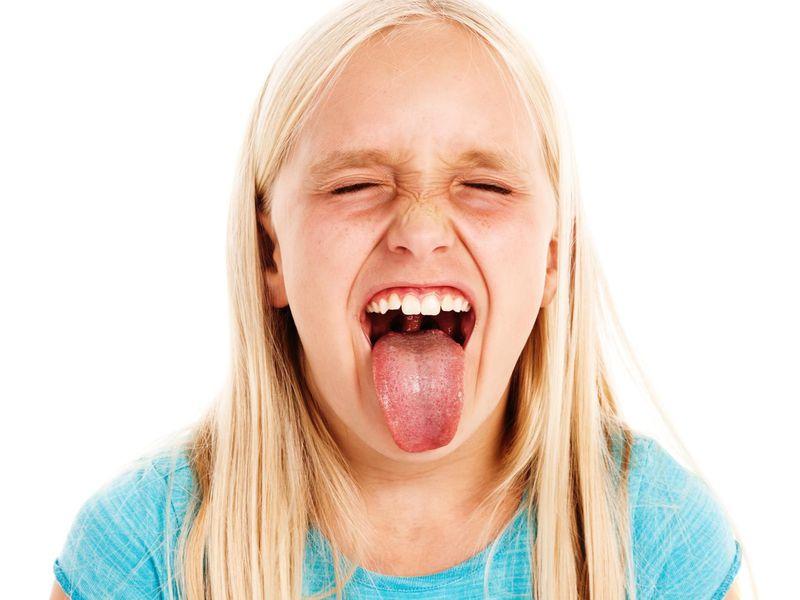 la importancia de la saliva, saliva, caries dental, enfermedad de las encías, dentista, clínica dental, odontología