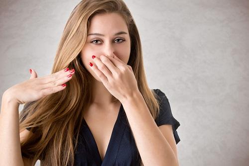 mal aliento en boadilla, halitosis en boadilla, higiene oral en boadilla, dentista en boadilla, clínica dental en boadilla, revisión dental en boadilla