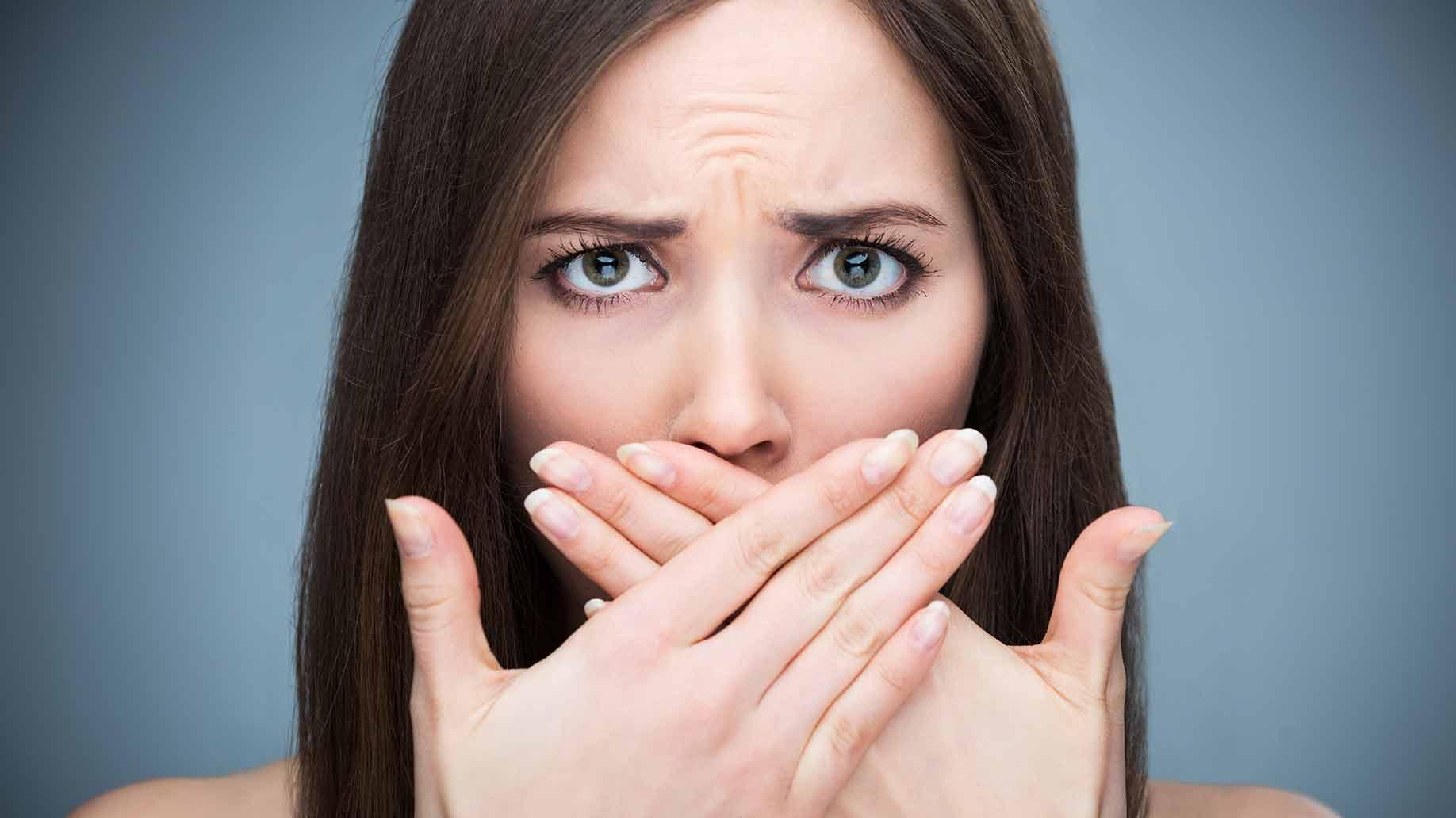 consejos para eliminar el mal aliento, mal aliento en majadahonda, halitosis en majadahonda, clínica dental majadahonda, dentista majadahonda, odontólogo majadahonda, dentista majadahonda, higiene oral majadahonda, dieta majadahonda, salud oral majadahonda