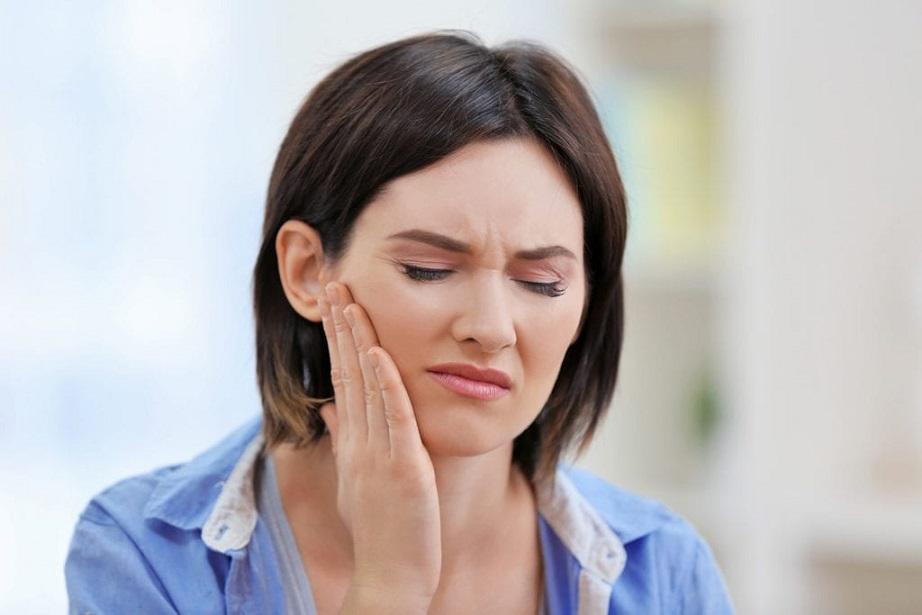 causas del dolor de muelas, dolor de muelas en boadilla, dolor de dientes en boadilla, dentista boadilla, odontólogo boadilla, clínica dental en boadilla, odontología boadilla, ortodoncia boadilla, bruxismo boadilla, diente roto boadilla, caries dental boadilla, enfermedad periodontal boadilla, higiene oral boadilla, alimentos en boadilla