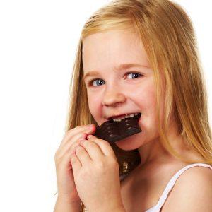 El odontopediatra ayuda a mantener los dientes sanos en los niños. Acuda a la clinica dental dra. herrero (dentalarroque) para prevenir las enfermedades dentales y mantener la salud bucal infantil saludable.