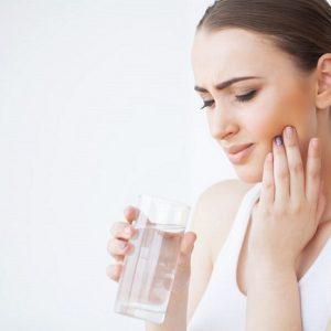 El dentista en majadahonda explica porqué es necesario quitar las muelas del juicio. Acuda a la Clínica Dental Dra. Herrero (Dentalarroque) para cuidar de los terceros molares. Cuida tu salud bucal para prevenir problemas dentales.