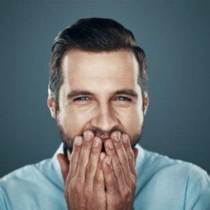 El dentista en majadahonda explica la importancia de la higiene bucal, de no fumar y de vigilar la dieta. Acuda a la Clínica Dental Dra. Herrero para entender qué causa la pérdida de los dientes.