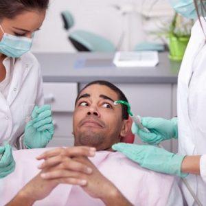 El dentista en majadahonda explica qué es la dentofobia. Se puede superar el miedo al dentista con la ayuda de la Clínica Dental Dra. Herrero. Se puede prevenir la caries dental, la enfermedad de las encias, el mal aliento u otros problemas dentales.
