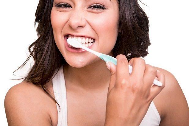 11 formas de mantener los dientes sanos, dentista boadilla, odontólogo boadilla, clínica dental boadilla, odontología boadilla, revisión dental boadilla, limpieza dental boadilla, salud bucal boadilla, sonrisa boadilla, higiene oral boadilla, caries dental boadilla, placa dental boadilla