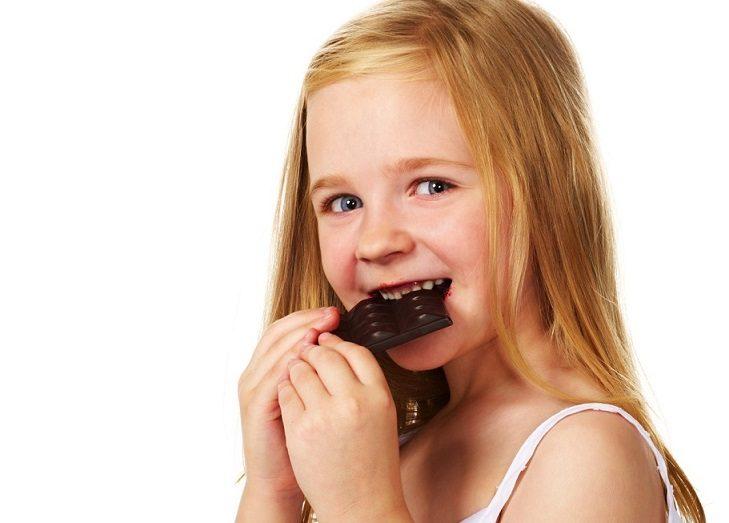 6 síntomas para visitar al odontopediatra, odontopediatra en majadahonda, odontopediatría en majadahonda, dentista para niños en majadahonda, dentista infantil en majadahonda, clínica dental en majadahonda, caries dental majadahonda, enfermedad periodontal majadahonda, sensibilidad dental majadahonda, dolor de dientes en majadahonda