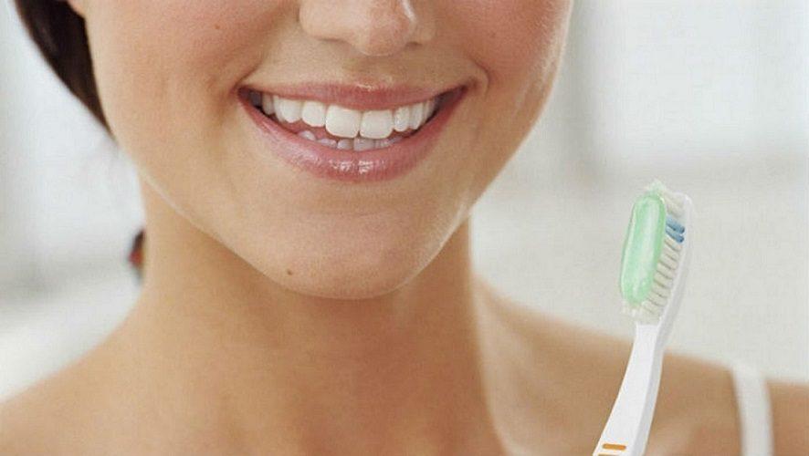 7 formas de prevenir las caries, caries en boadilla, caries dental en boadilla, dentista boadilla, odontólogo boadilla, odontología boadilla, clínica dental boadilla, salud bucal boadilla, revisión dental boadilla, limpieza dental boadilla, alimentos en boadilla,