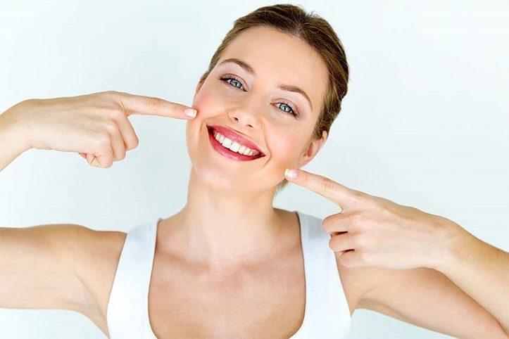 Acuda al dentista en boadilla del monte para conocer los 8 consejos para mantener los dientes sanos. La Clínica Dental Infante Don Luis (Dentalarroque boadilla) para mejorar la salud bucodental. Es importante aplicar buenos hábitos de higiene oral a diario y vigilar la alimentación.