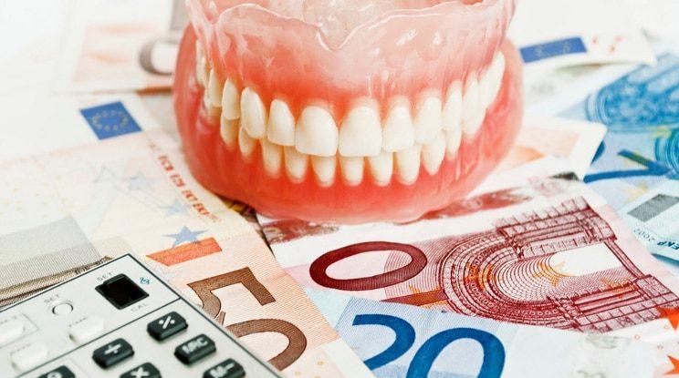 ahorrar dinero en el dentista, dentista majadahonda, clinica dental majadahonda, odontologo majadahonda, odontologia majadahonda, revision dental majadahonda, limpieza dental majadahonda, higiene bucal majadahonda, salud dental majadahonda, sonrisa majadahonda