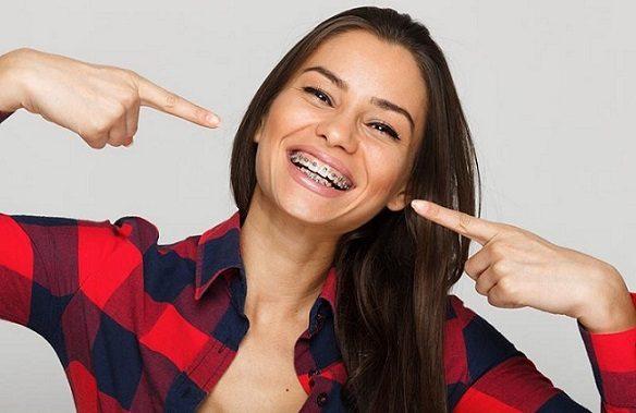 alinear los dientes con brackets, brackets majadahonda, ortodoncia majadahonda, ortodoncista majadahonda, dentista majadahonda, clínica dental majadahonda, odontólogo majadahonda, odontología majadahonda, revisión dental majadahonda, limpieza dental majadahonda, higiene oral majadahonda, salud dental majadahonda, sonrisa majadahonda, estética dental majadahonda, aparatos dentales majadahonda