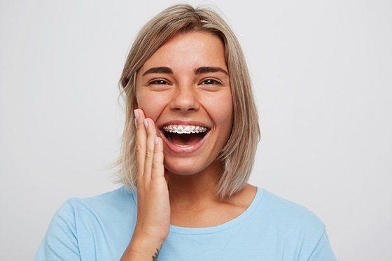beneficios del tratamiento de ortodoncia, ortodoncia majadahonda, aparatos dentales majadahonda, sonrisa majadahonda, estética dental majadahonda, dientes rectos majadahonda, dentista majadahonda, clínica dental majadahonda, odontólogo majadahonda, ortodoncista majadahonda, odontología majadahonda, revisión dental majadahonda, limpieza dental majadahonda, higiene oral majadahonda, salud bucal majadahonda