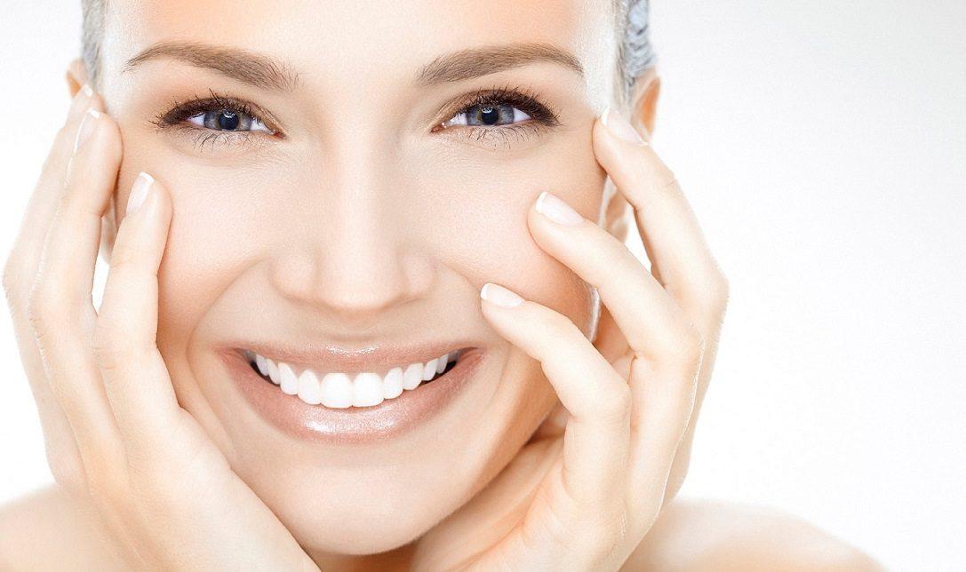 boca saludable, higiene oral, revisión dental, cepillo dental, hilo dental, dentista, clínica dental