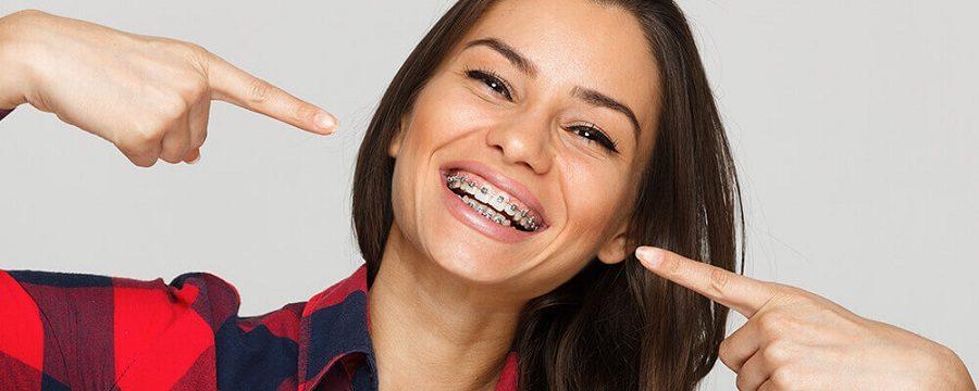 brackets en majadahonda, ortodoncia en majadahonda, ortodoncista en majadahonda, enderezar los dientes en majadahonda, alineadores dentales en majadahonda, aparatos dentales en majadahonda, clínica dental majadahonda, dentista majadahonda, odontólogo majadahonda, odontología majadahonda, revisión dental majadahonda, higiene oral majadahonda, salud bucal majadahonda, dientes torcidos en majadahonda, dientes apiñados en majadahonda, sobremordida en majadahonda, mordida abierta en majadahonda, estética dental en majadahonda, sonrisa en majadahonda