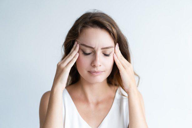 El dentista en majadahonda explica cómo afecta el estrés a la salud bucal. Acuda a la Clínica Dental Dra. Herrero (Dentalarroque) si sufres de ansiedad. Se puede prevenir enfermedades bucales como caries, gingivitis, bruxismo, etc.