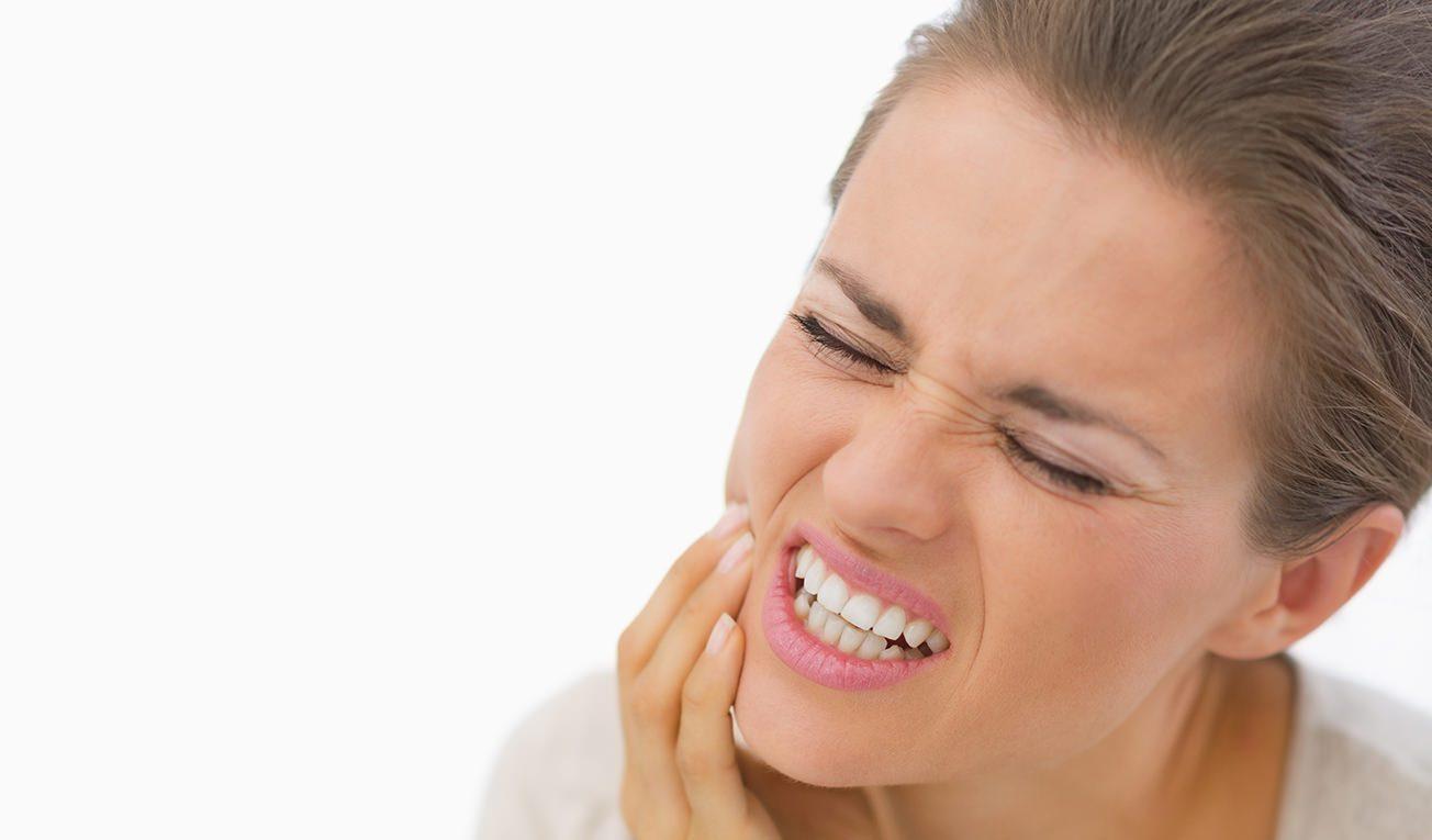 causas de los dientes sensibles