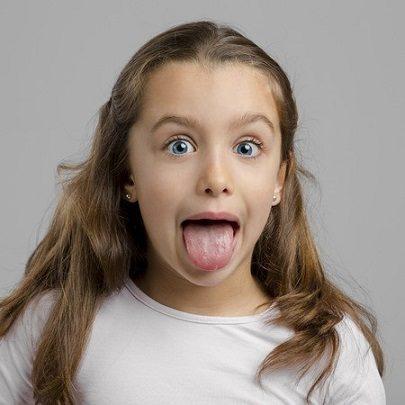 cepillado de la lengua, higiene oral en majadahonda, dentalarroque, majadahonda, placa dental en majadahonda, sarro en majadahonda, limpieza dental en majadahonda, revisión dental en majadahonda, salud bucal en majadahonda, mal aliento en majadahonda, halitosis en majadahonda, caries dental en majadahonda, dentista en majadahonda, clínica dental en majadahonda, odontólogo en majadahonda, odontología en majadahonda, sonrisa en majadahonda