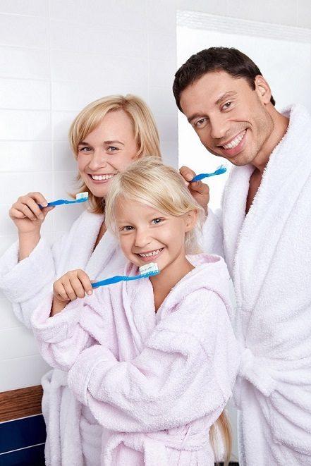 cepillarse los dientes, cepillado dental en majadahonda, dentista en majadahonda, clínica dental en majadahonda, odontólogo en majadahonda, odontología en majadahonda, revisión dental en majadahonda, limpieza dental en majadahonda, caries dental en majadahonda, sonrisa en majadahonda, salud bucal en majadahonda, higiene bucal en majadahonda
