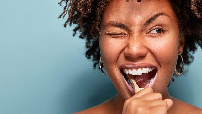 confinamiento y salud oral, nutrición en boadilla, dieta en boadilla, alimentos en boadilla, salud bucal en boadilla, cuarentena en boadilla, dentista en boadilla, clínica dental en boadilla, odontólogo en boadilla, odontología en boadilla, limpieza dental en boadilla, revisión dental en boadilla, higiene oral en boadilla, sonrisa en boadilla, caries dental en boadilla, enfermedad de las encías en boadilla, placa dental en boadilla, sarro en boadilla, cepillo de dientes en boadilla, hilo dental en boadilla