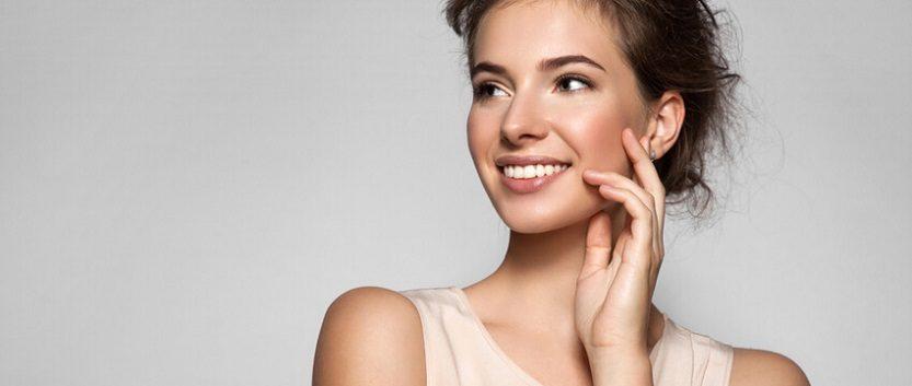 El dentista en majadahonda explica la importancia de los cuidados del esmalte dental. Acuda a la Clínica Dental Dra. Herrero (Dentalarroque) para mantener la salud bucal sana.