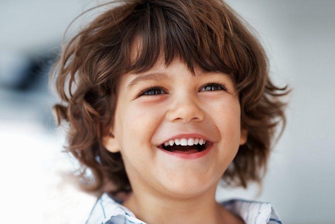 Acuda a la clinica dental infante don luis (dentalarroque boadilla) para conocer las enfermedades bucales en los niños. Los padres deben pedir una cita con el odontopediatra para evitar problemas dentales como caries dental, sensibilidad dental, bruxismo, aftas, ortodoncia, etc. Cuida la salud bucal de los menores.