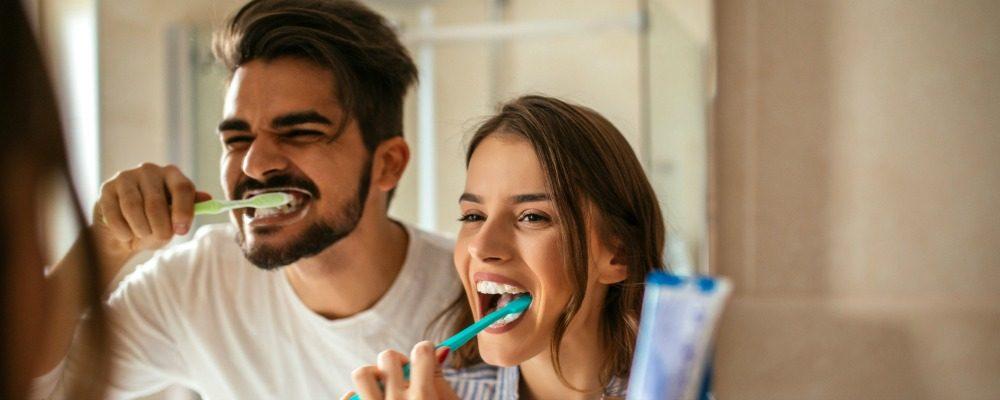 gingivitis y periodontitis, encías, enfermedad periodontal, enfermedad de las encías