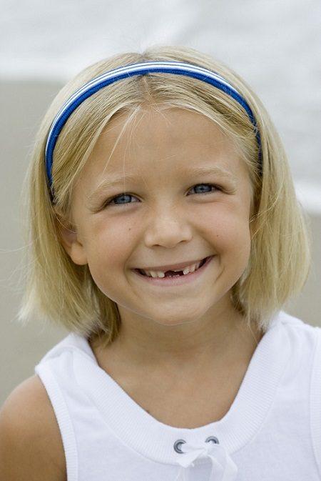 El odontopediatra en boadilla explica las funciones de los dientes primarios. La Clínica Dental Infante Don Luis (Dentalarroque boadilla) ayuda a cuidar los dientes de leche.