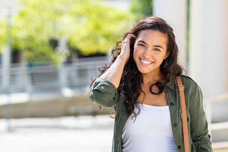 Acuda a la clínica dental infante don luis (dentalarroque boadilla) para recibir un tratamiento de blanqueamiento dental. Recuperar la autoestima, sonreír sin preocupaciones, tratar la decoloracion dental son los motivos para blanquear los dientes. Cuida tu salud bucal.