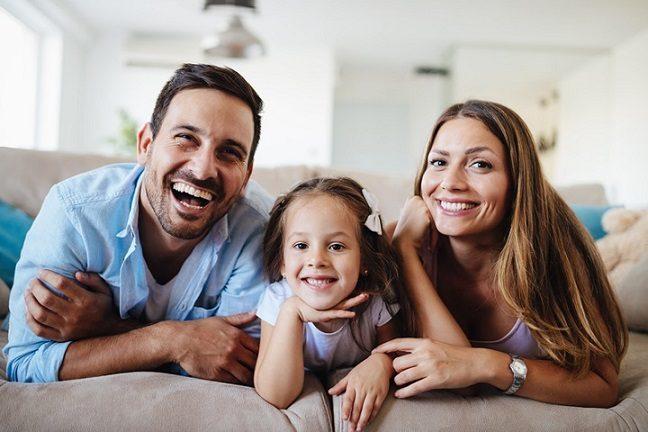 El ortodoncista ofrece información sobre los problemas de mordida. No es tarde para enderezar los dientes y mejorar la estética dental. Acuda a la clínica dental dra. herrero (dentalarroque) para elegir el tratamiento de ortodoncia adecuado para ti.