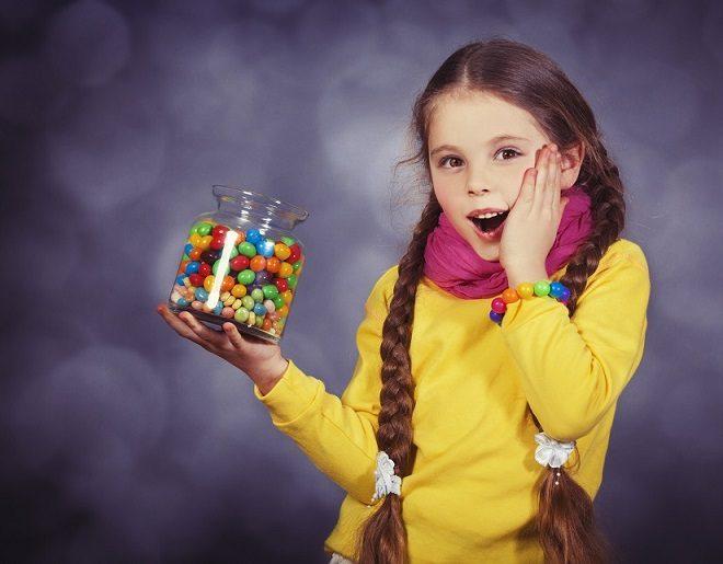 El odontopediatra en majadahonda comenta sobre los problemas dentales frecuentes en niños. Acuda a la clinica dental dra. herrero (dentalarroque) para revisiones dentales periódicas para prevenir las enfermedades dentales. Se puede evitar la caries dental, la sensibilidad dental, la enfermedad de las encias y la ortodoncia.
