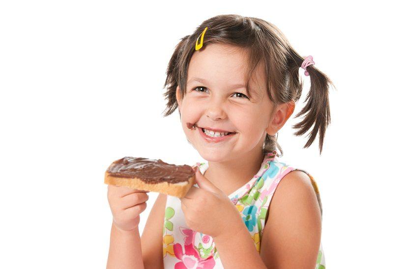 Boadilla del monte - el odontopediatra cuida la salud bucal infantil y ayuda a prevenir los problemas orales en los niños. Podemos destacar la caries dental. Acuda a Dentalarroque para evitar las enfermedades dentales.