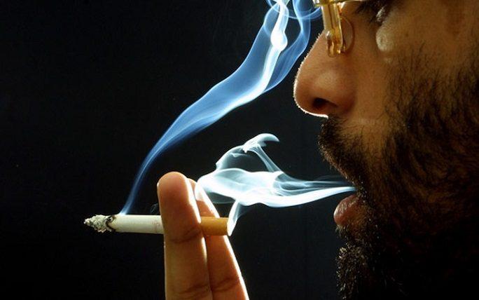 El dentista en majadahonda ofrece información sobre los síntomas del cáncer oral. Se puede prevenir el cáncer de boca con buenos hábitos de higiene oral, no fumar y limitar el consumo de alcohol. Cuida tu salud bucal.