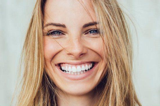 sonrisa radiante majadahonda, sonrisa en majadahonda, dentista en majadahonda, odontólogo en majadahonda, odontología en majadahonda, clínica dental en majadahonda, higiene oral en majadahonda, limpieza dental en majadahonda, revisión de los dientes en majadahonda