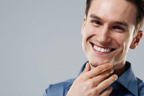 El dentista en majadahonda recomienda el tratamiento de carillas para mejorar la estética dental. Acuda a la Clínica Dental Dra. Herrero (Dentalarroque) para mejorar la sonrisa y aumentar la autoestima.